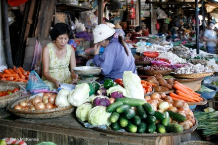 photo vietnamese market