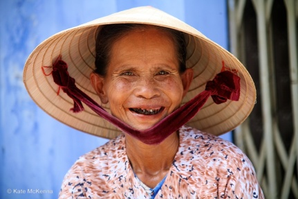 photograph vietnamese lady in hat