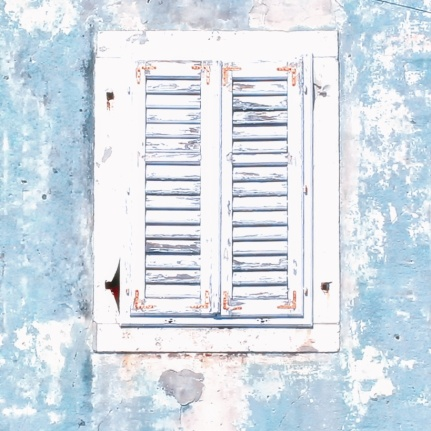 photo white shutter window